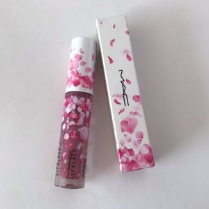 NEW LIMITED EDITION MAC LIPGLASS- Heartmelter